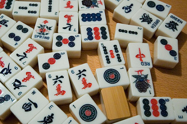 Mahjong tile games pieces