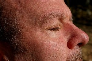 closing your eyes boosts memory
